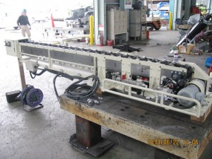 トランスファープレス 自動材料供給装置